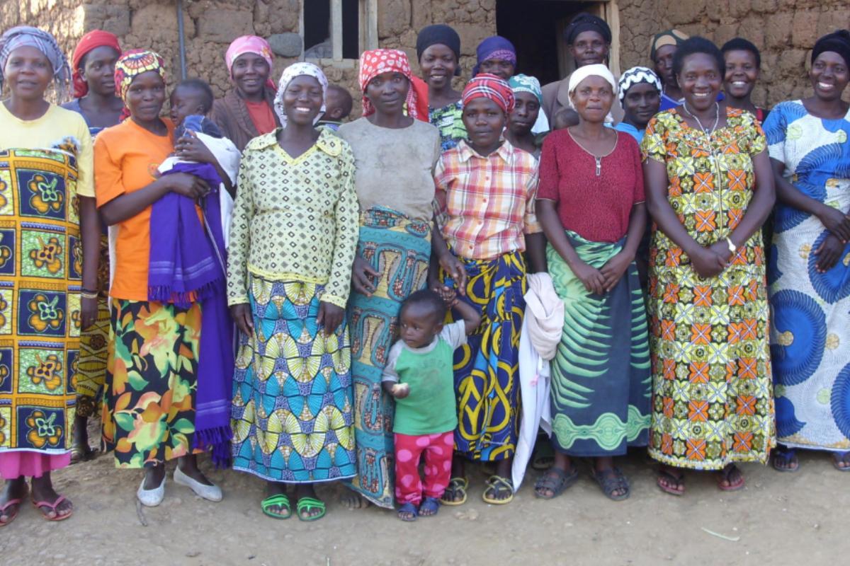 Musanze, Rwanda Februari 2016, women taking part in the program of 100WEEKS